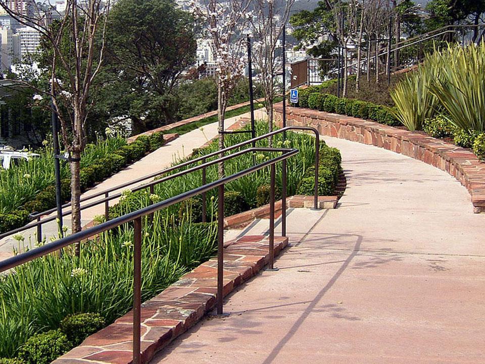 Lombard - Overlook
