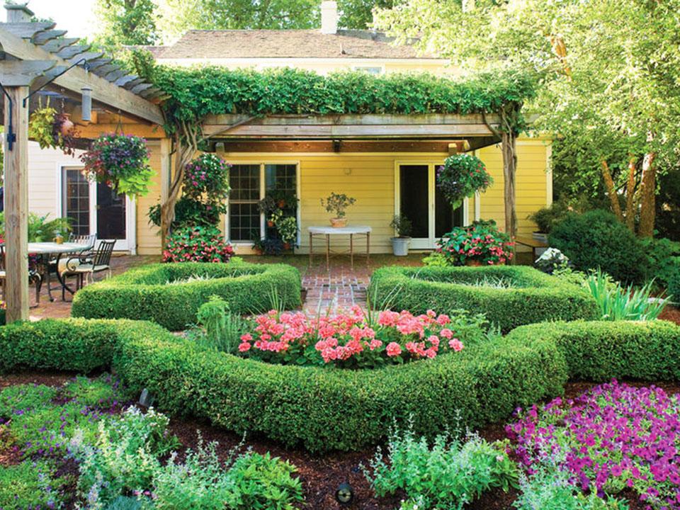 Flower Garden - Mulch
